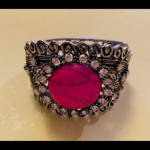 Jewelry - Silver Tone and Pink Blingy Bracelet